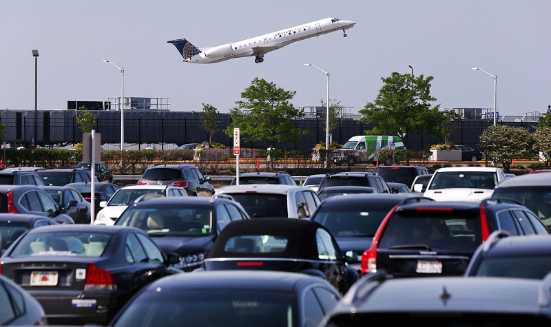 Trouvez une place de parking à l'aéroport à un tarif abordable
